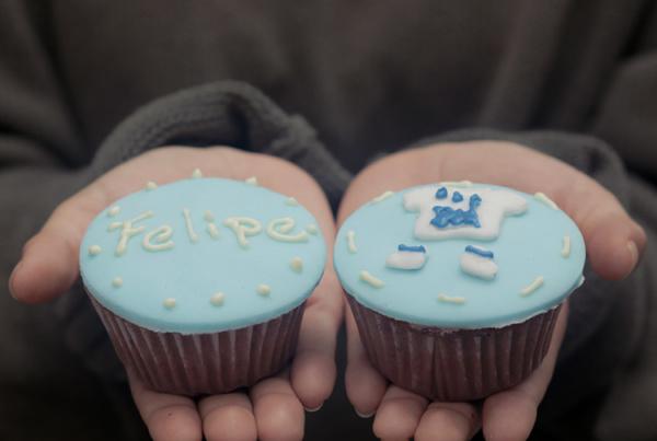 Cup Cakes Con diseño Baby Shower Felipe